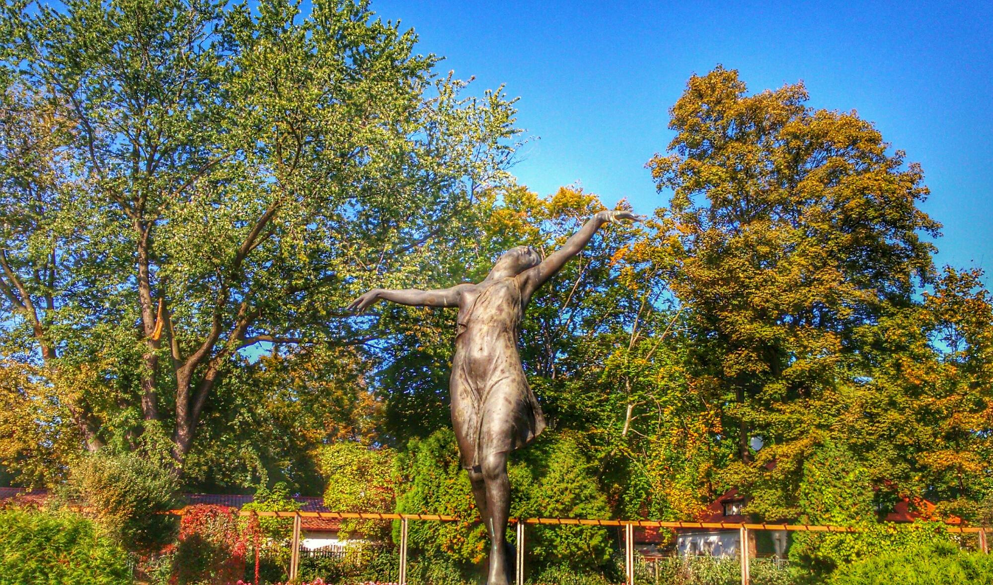 Kobieta Baletnica Rzeźba